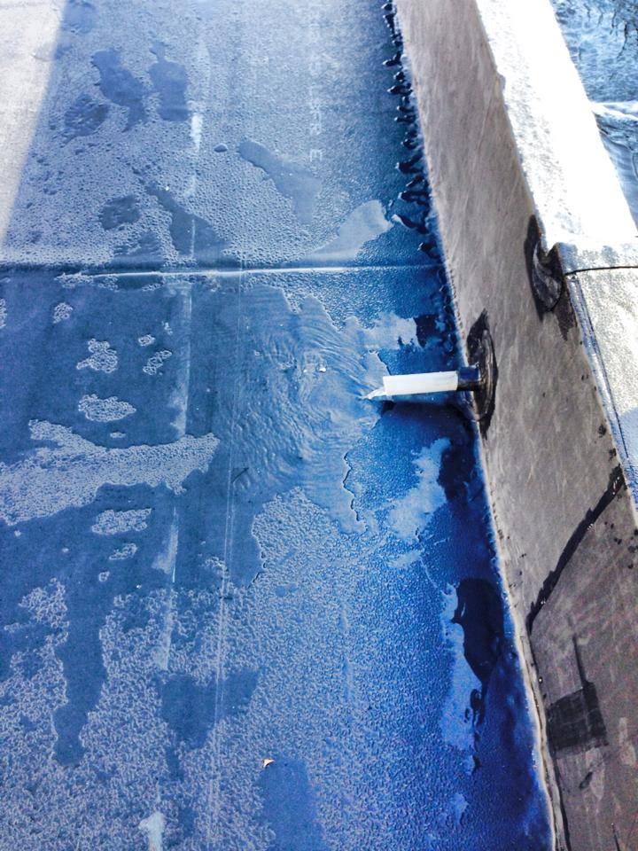 Prueba de estanqueidad en cubiertas con EPDM Dénia