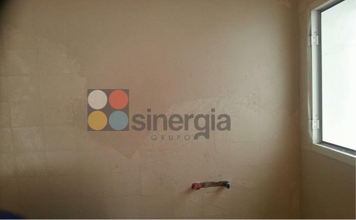 Microcemento en paredes y suelos para ba os en ondara alicante construcciones sinergia - Microcemento alicante ...